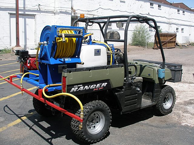 100-gallon-de-icing-sprayer.jpg