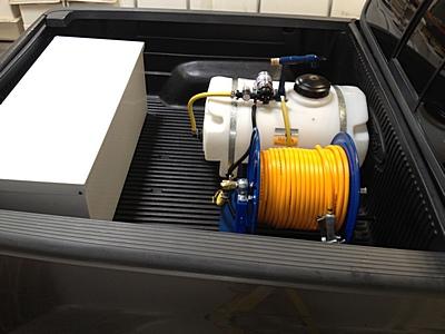 25-gallon-12-volt-sprayer-4.jpg